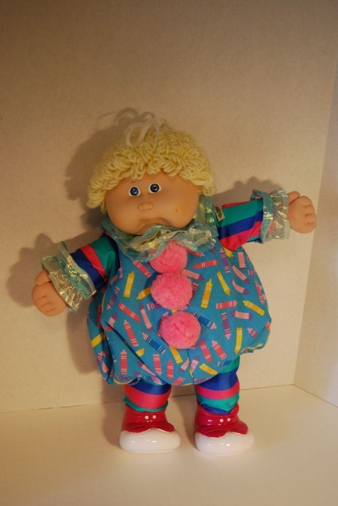 ADORABLE Cabbage Patch Doll blonde hair blue eyes one dimple clown outfit 1986 #CabbagePatchKids #DollswithClothingAccessories