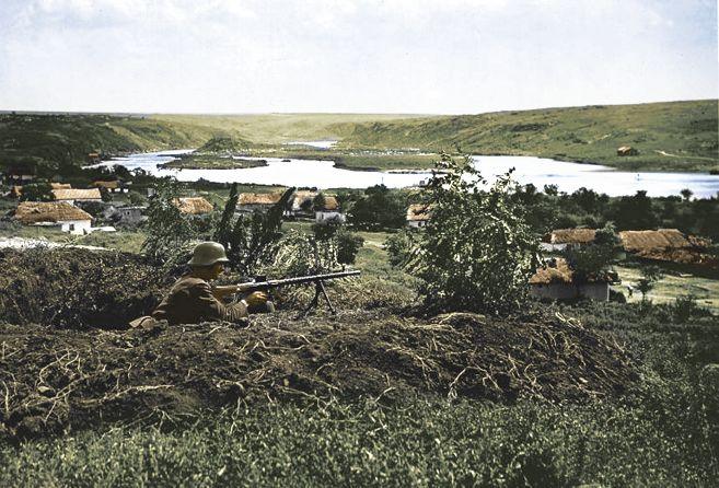 Magyar géppuskás állás a keleti fronton.