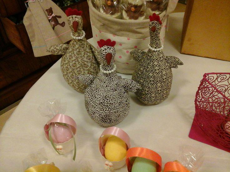 #pasqua #coniglietto #coniglio #gallinella #gallina #decorazioni #ovetti #confetti #segnaposto