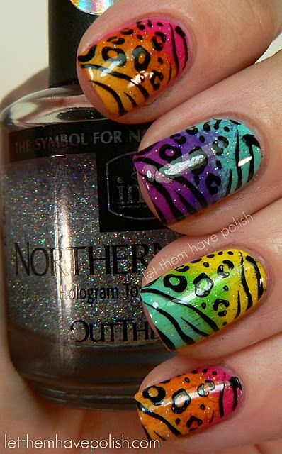 I really like this style!Cheetahs Nails, Nails Art, Print Nails, Nails Design, Colors Animal, Animal Prints, Lisa Frank, Rainbows Nails, Prints Nails