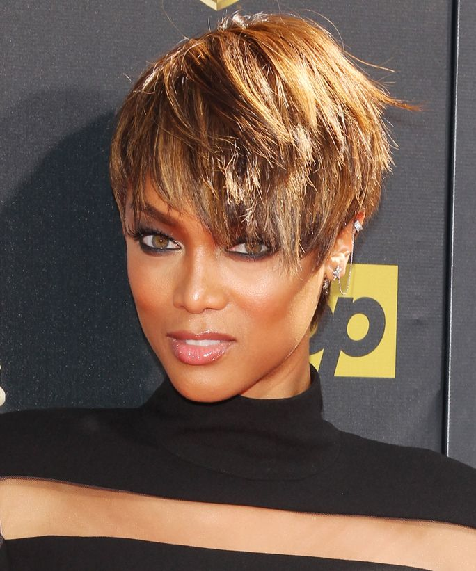 Tyra Banks Forehead: 1000+ Ideas About Tyra Banks Without Makeup On Pinterest