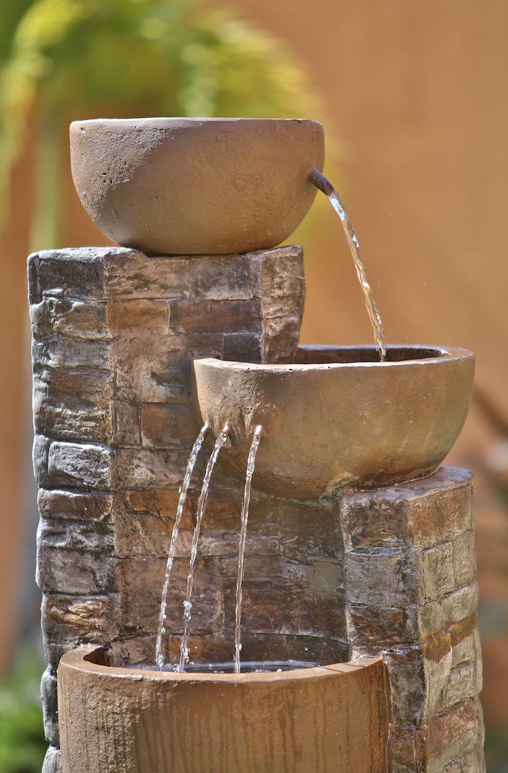 Renueva tu patio con una fuente nueva.