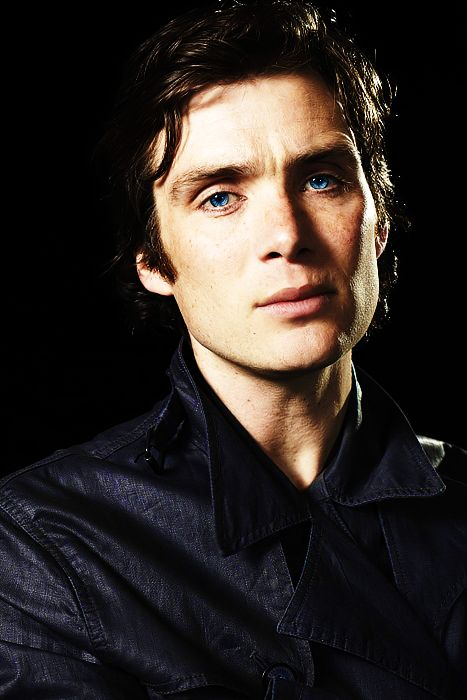 Cillian Murphy not my usual kind of kink but this guys eyes are to die for... & I love that he always plays left of centre characters......!!