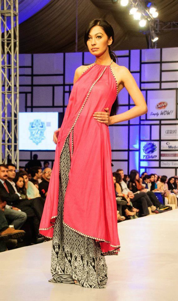 Pakistan fashion week 2012 | PINKVILLA