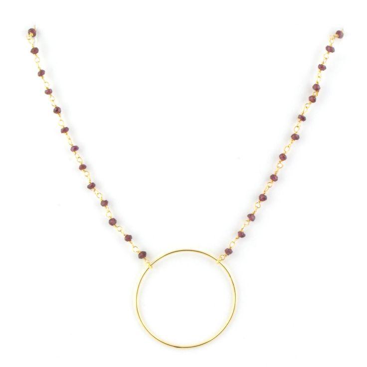 Gargantilla realizada con cadena rosario de piedras semi preciosas y aro de plata chapada en oro ( aprox 4cm)