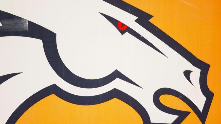 Live coverage: Raiders at Broncos