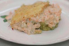 De smaak van roze zalm en broccoli gaan hand in hand. Jeroen verwerkt ze in een eenvoudige, smeuïge ovenschotel.