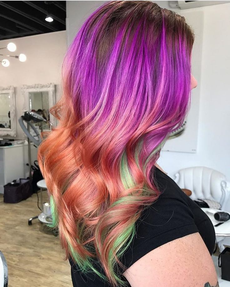 Vibrant hair color by @katzilla_colors #pulpriothair