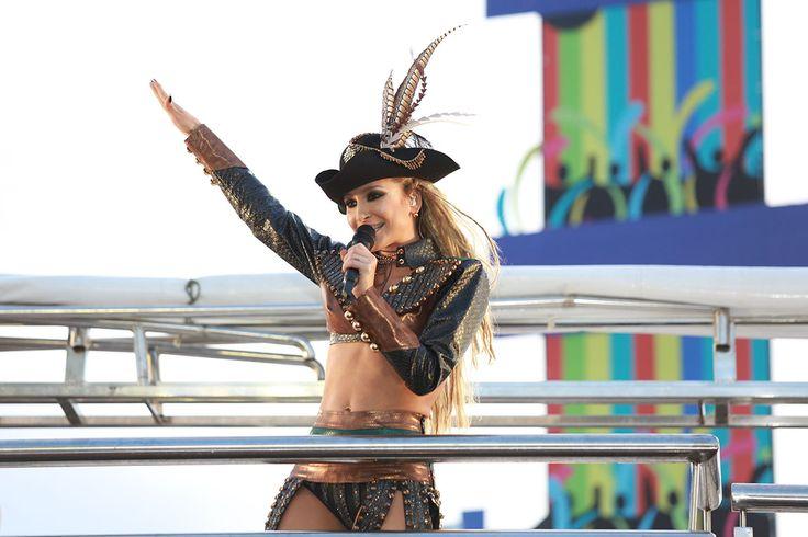 Taquitá de Claudia Leitte leva prêmio de melhor música do Carnaval