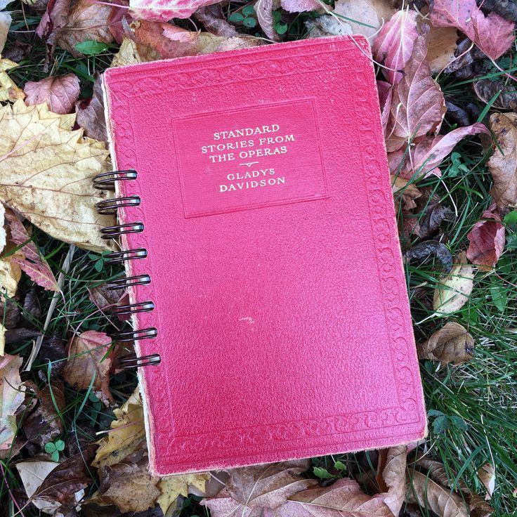 smash book, altered book junk journal by BurkeSevenVintage on Etsy https://www.etsy.com/ca/listing/549808832/smash-book-altered-book-junk-journal
