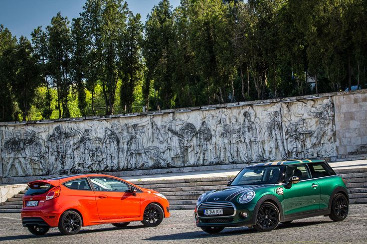 TEST Mini Cooper versus Ford Fiesta Red Edition - Taste the Rainbow - AutoExpert
