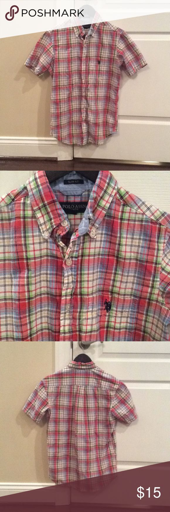 Men's U.S. Polo slim fit collared button down sz S Men's U.S. Polo association short sleeve slim fit collared button down shirt sz S. needs to be pressed but otherwise in good condition. U.S. Polo Assn. Shirts Casual Button Down Shirts
