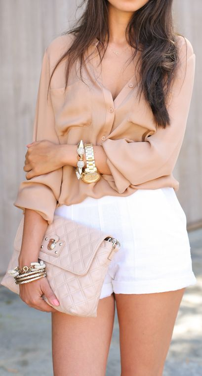 Keep it neutral, blouse and shorts summer outfit