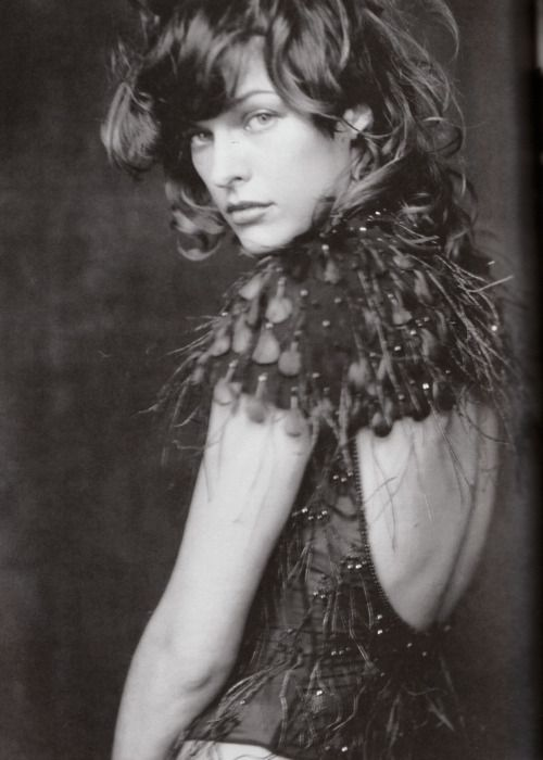 Milla Jovovich by Paolo Roversi for Vogue Italia, October 2002