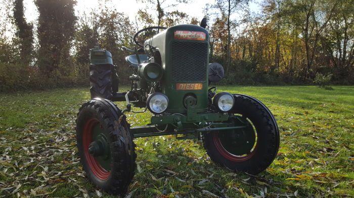 https://auktion.catawiki.de/kavels/9059593-holder-b10-oldtimer-traktor-1952