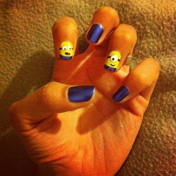 Minions, me encantan! #Nails