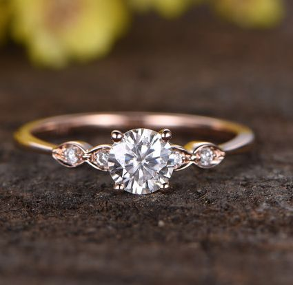 This diamond ring has five gems, giving it five stars.   18 Jaw Dropping Engagement Rings That Are Under $500