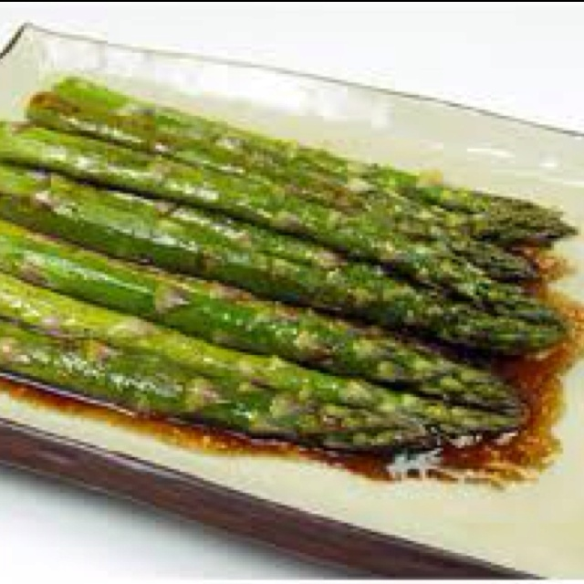 Roasted asparagus with fresh garlic , balsamic vinegar and olive oil ...