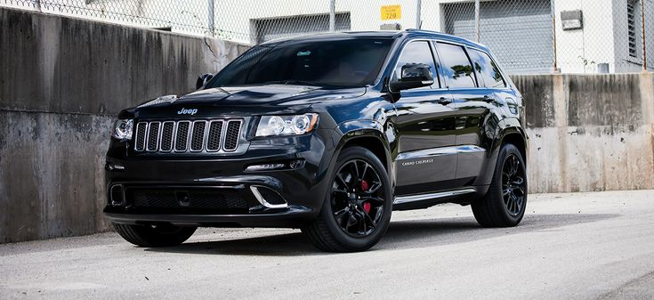 customized jeep grand cherokee srt8 exclusive motoring. Black Bedroom Furniture Sets. Home Design Ideas