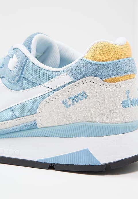 Schoenen Diadora V7000 NYL II - Sneakers laag - dusk blue/banana cream Blauw :