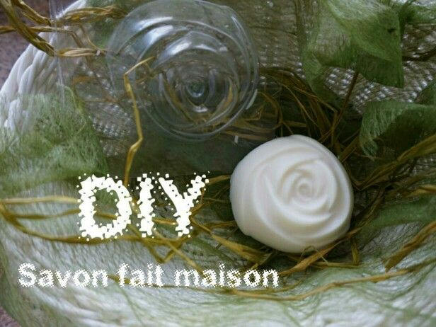 Une recette basique pour confectionner un savon surgras.