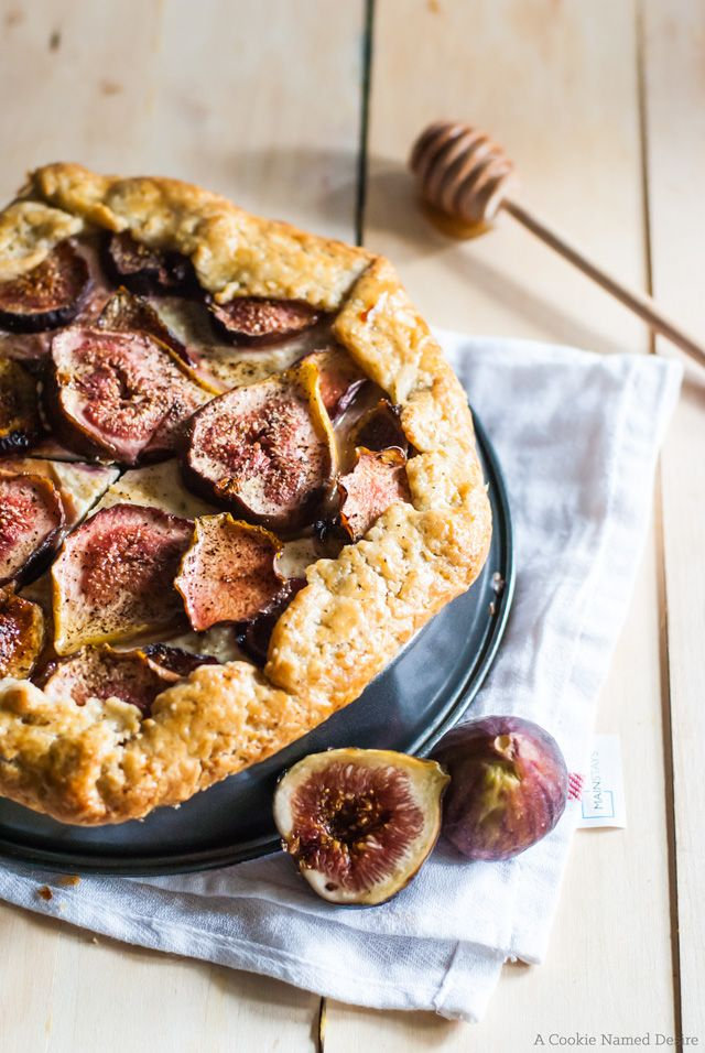 Celebrate and welcome fall with a slice of this delicious Fig and Honey Cheesecake Galette recipe.