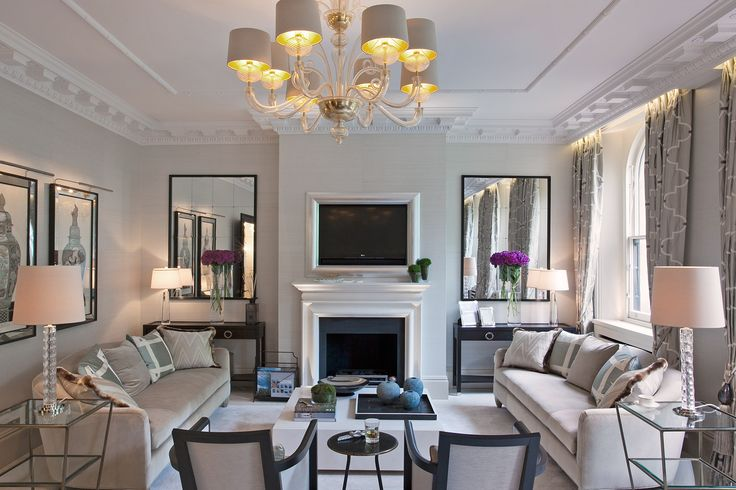 With a brief to create a warm, functional family home with space for formal entertainment, Taylor Howes completely stripped out and reconfigured this five bedroom Georgian flat near Hyde Park.
