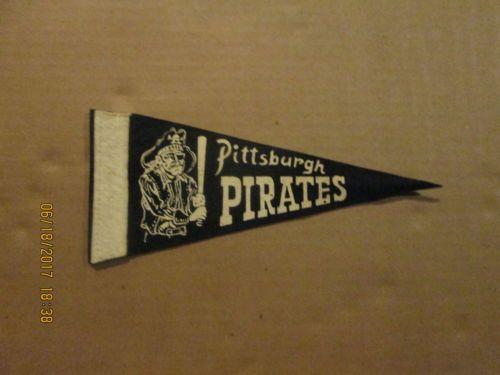 MLB-Pittsburgh-Pirates-Vintage-Circa-1950-039-s-Mini-Logo-Baseball-Pennant