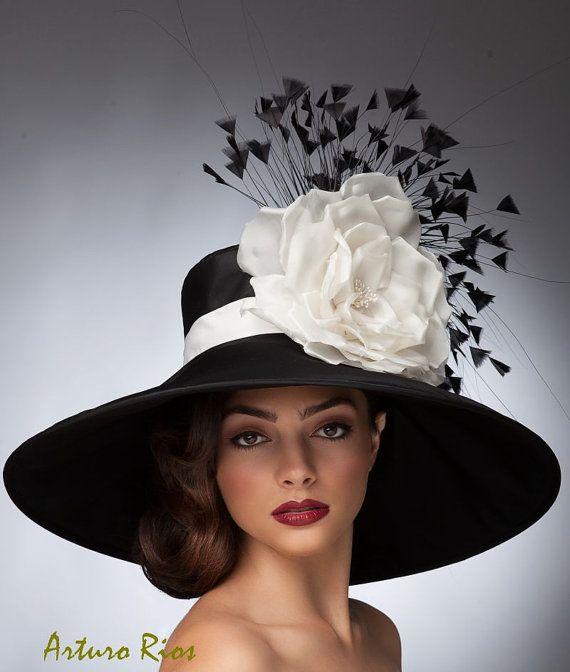 Cappello derby nero e WhiteKentucky cappello di di ArturoRios