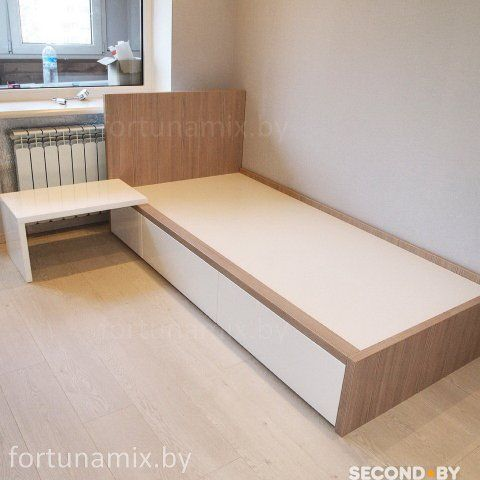 Подростковая кровать по индивидуальному заказу. Изготавливаем: - Детские комнаты; - Спальни; - Гостинные,секции ,горки, - Столы письменные, компьютерные,трансформеры,журнальные - Стеллажи, полки; -...
