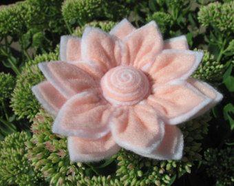 Felt Rose Pattern PENNY ROSE No Sew Felt Flower от SewYouCanToo