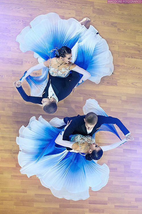 Love the skirt! Looks like a flower