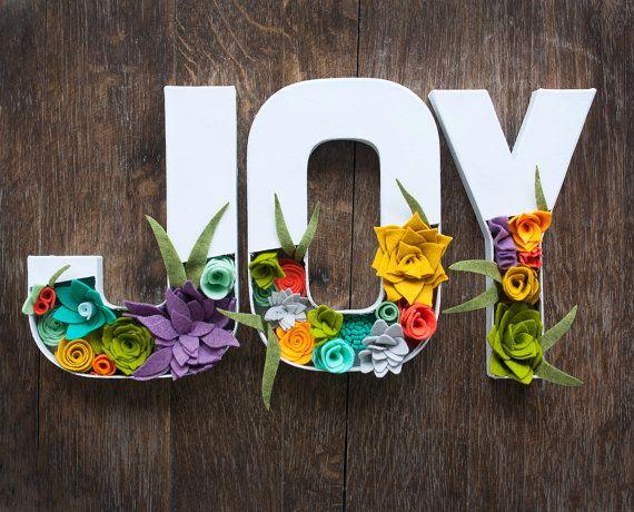 Felt Floral Letters  JOY with Felt Flowers di SugarSnapBoutique