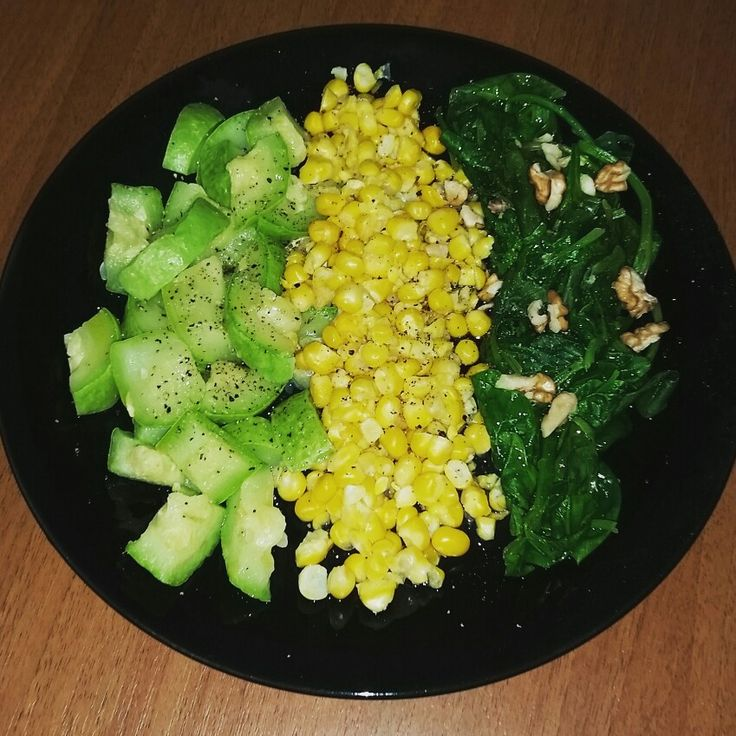 Late dinner #courgette #corn #spinach #nuts #oliveoil #seasalt #pepper #healthyfood #healthylifestyle