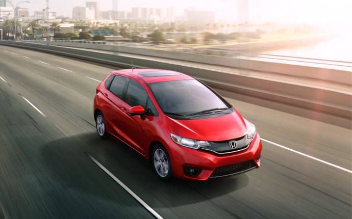 Offering one of the most space-efficient and versatile packages in the U.S. market, the 2016 Honda Fit/Fit EV tops it off with fun and style.   #honda #fit