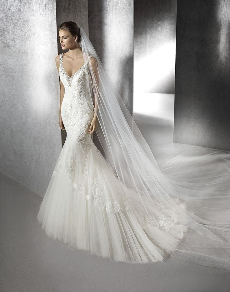 Fashionably Yours - Zissi Wedding Gown By San Patrick, please call 02-9487 4888 for pricing. (http://www.fashionably-yours.com.au/zissi_wedding_gown_by_san_patrick/)