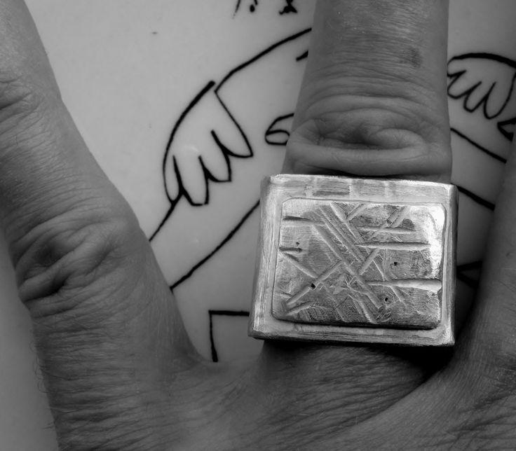 anello in argento sterling, handmade,triangolo, doppio quadrato, sigillo…