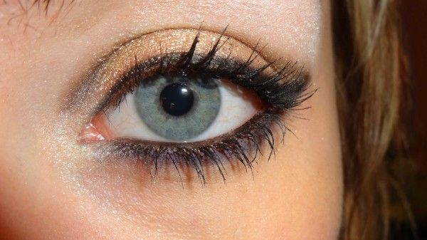 how to grow long thick lashes