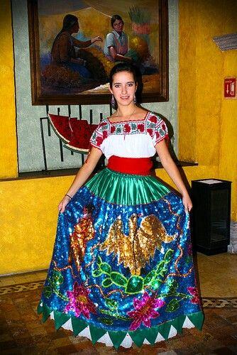 ■ Celebrando el 16 de septiembre, Día de la Independencia de México Gran #Venta, #Fiestas_Patrias, 5-21 de Septiembre, #35%_Descuento, Todas las Prendas. #VísteteDeMéxico ■ Celebrating September 16th, Mexico's Independence day #Big_Sale, #MX_Independence_Day, from 5 to 21 September, #35%_Off, All Garments. #DressMexican ■ Célébration 16 septembre, Féte de l'indépendance Mexicain #Sale, #Jour_de_l'#Indépendance, du 5 au 21 Septembre, #35%_de_réduction, tous les Vêtements. #PorterMexicaine…
