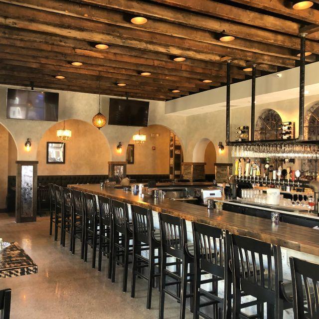Mad Chef Kitchen Bar Ellicott City Md Restaurant Pictures Chefs Kitchen House Blend