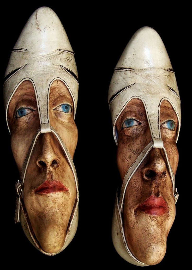 Artist Gwen Murphy turns old shoes into works of art