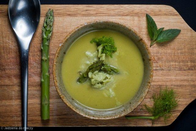 Cold asparagus & fennel cream with avocado & cucumber gratin