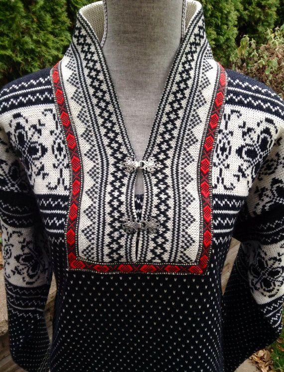 Norwegian wool sweater by Sasnit of Norway size by VikingRaids