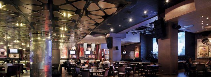 Hard Rock Cafe Blue Mall, Santo Domingo - Interior Design: Moré & Wiese - Lighting Design: Spectro Lighting