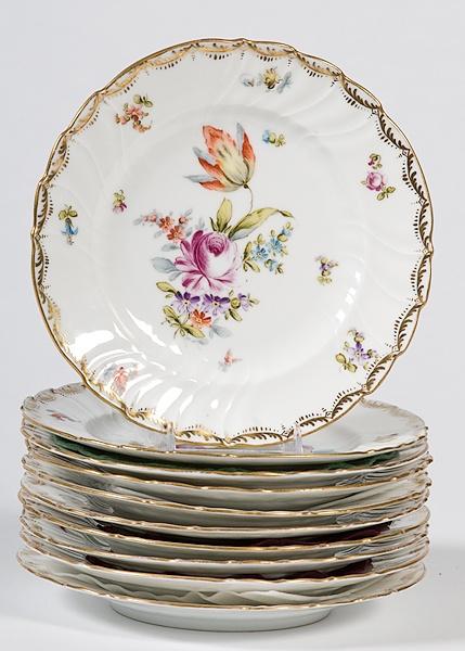 vintage dessert plates  sc 1 st  Pinterest & 20 best Pretty Plates...my addiction images on Pinterest | Griddles ...