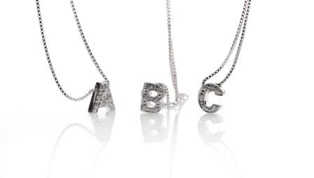 All letters avaiable on white gold and diamonds