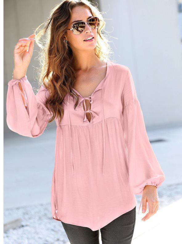 Una blusa de aires románticos que podrás combinar de manera infinita con todas tus prendas para conseguir looks ultra femeninos. Blusa de favorecedor escote - Venca - 110319