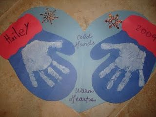 Winter craft: Mittens great craft for Kindergarten Classes.  Maybe for their Winters and Gloves song.  They could wear this around their necks.