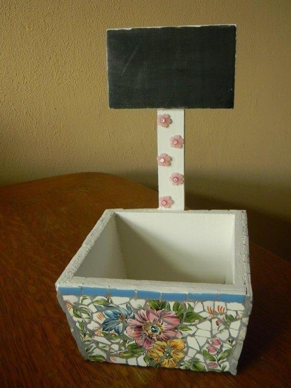 bloembakje met schoolbordje