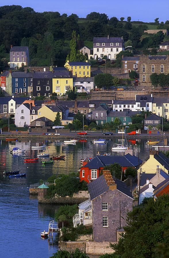 Kinsale, County Cork -- pretty town with boats in the harbor & good restaurants